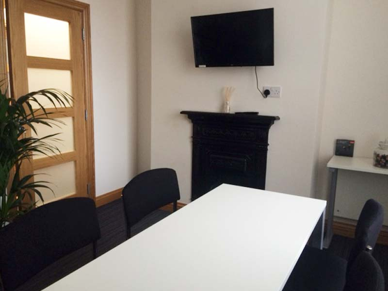 luxury meeting rooms for hire and offices to rent in Halifax.